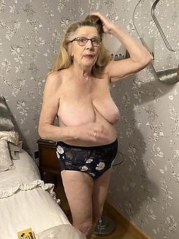 hotties nude grandmothers photo