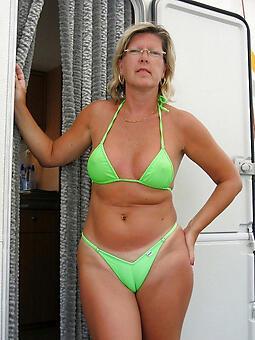 cougar mom surrounding bikini porn pics