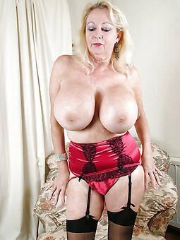 inviting busty moms