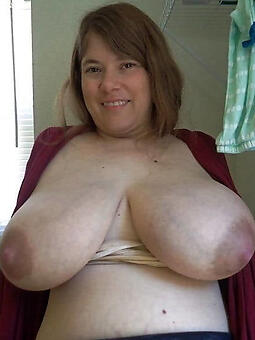 nude pictures of busty lady