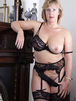 porn pictures of classy mom