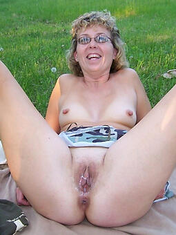nude matured girlfriends porn pic