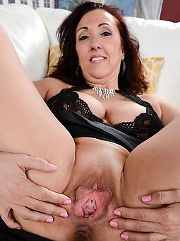 whore mature pussy pictures