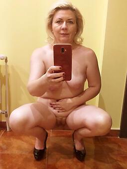 selfshot moms free porn pics
