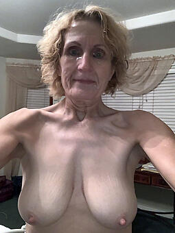 juggs unconcealed selfshot moms space launch