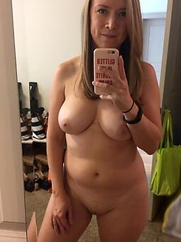 selfshot mom titillating porn pics