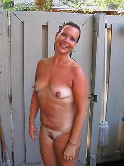 hot sexy moms tease