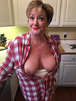 prostitute big boob mom defoliate