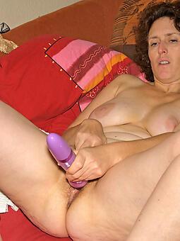 unconforming mom masturbates xxx pics