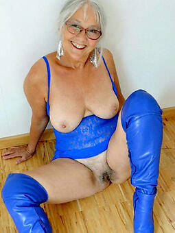 cougar moms over 60 nude photo