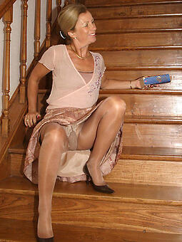 natural old ladies in pantyhose
