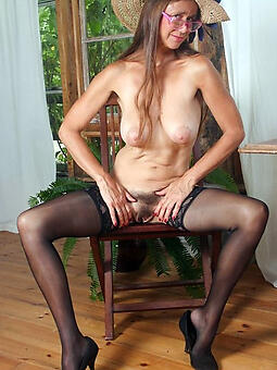xxx pictures of stocking mature