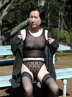 pictures of asian mom porn