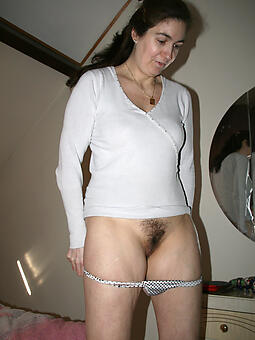 perfect naked hairy ladies