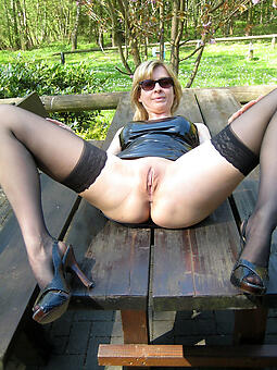 sexy naked moms in heels levelling