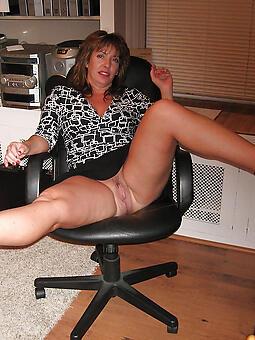 moms legs free porn x
