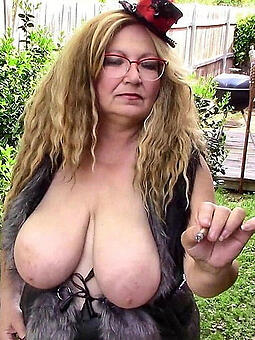 busty of age milf Bohemian naked pics