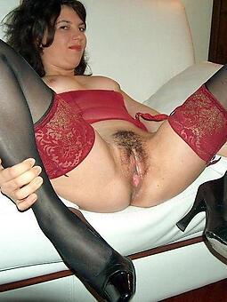pretty stocking mom porn
