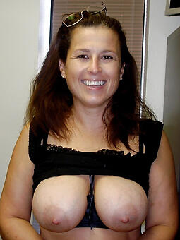 cougar big-busted moms xxx