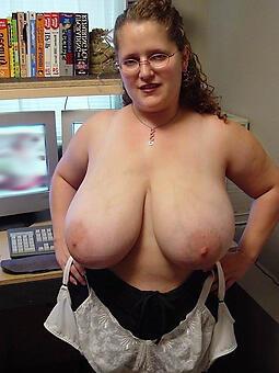 hotties well-endowed mature ladies pics