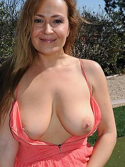 sexy nude moms porn sheet