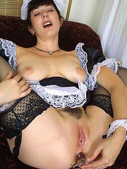 hotties supreme housewife nude