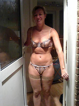 out-and-out hot mature mom
