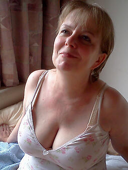 porn pictures of sexy hot mature mom