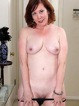 porn pictures be fitting of XXX unembellished mom