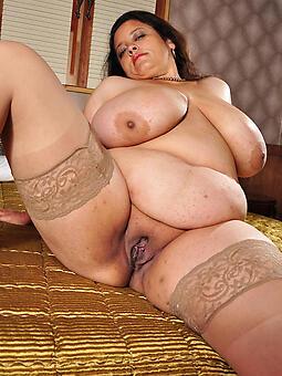 sexy bbw moms