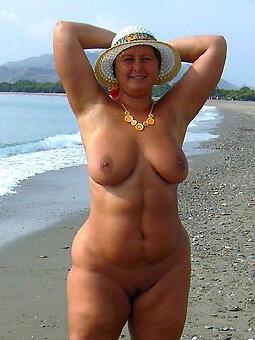 hotties curvy full-grown women pics