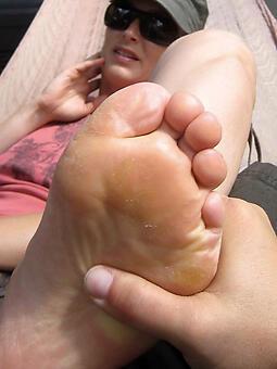 nude squirearchy feet photos