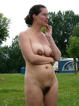 hot mom with glasses