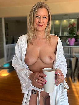 unconditioned full-grown housewives free naked pics