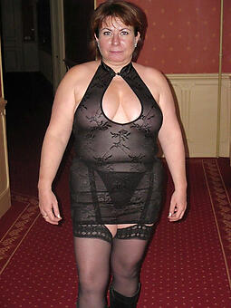 porn pictures of busty moms in underwear