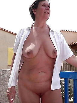 porn pictures of lady granny