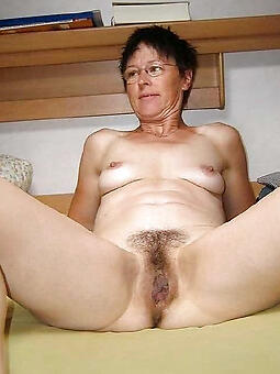 hairy mom galleries